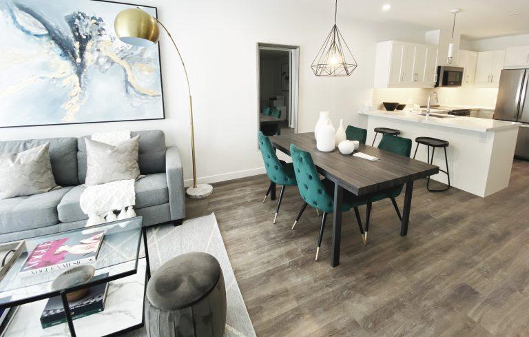 Glamorous living dining room