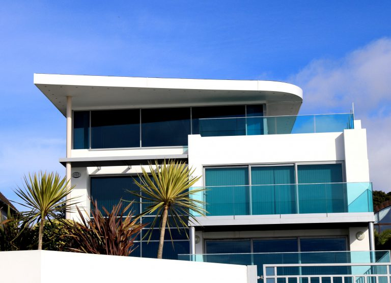 downsize from house to condo in Florida